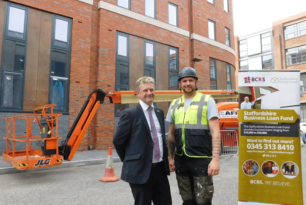 (L-R) Tony Wood, BCRS Business Loans and Paul Stacey, PJ Installations